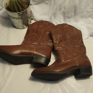 NWT Faded Glory boots brown women's size 6